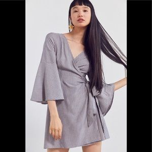 Ecote Anthropologie Bell Sleeve Wrap Dress / Top